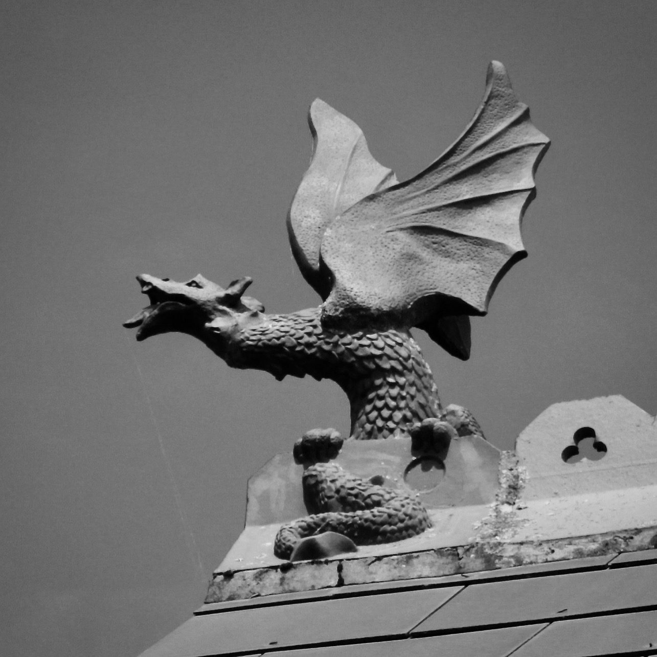 Dragon on Boscombe roof